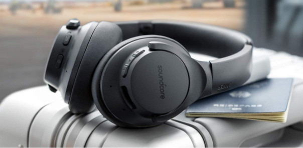 Our Anker Soundcore Life Q20 Noise-Cancelling Headphones Review